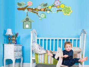 Wandtattoo mit Baum Motiv für das Kinderzimmer